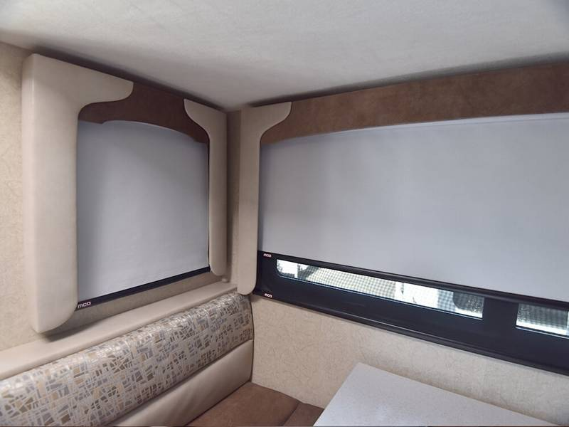 Day Night Shades In Cabover Dinette