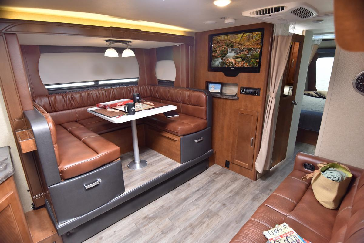 Dealer Com Support >> Gallery - Lance 2285 Travel Trailer - A dual entry layout, provides a great room and private ...